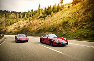 Фото Porsche Красная 2 Движение 2014 911 Carrera 4 GTS Coupe 991 автомобиль