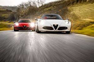 Фотографии Alfa Romeo Двое Спереди Скорость 2016 Alfa Romeo 4C Spider авто