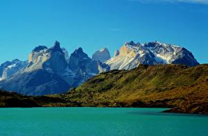 Картинки Чили Парки Горы Озеро Torres del Paine national park Природа