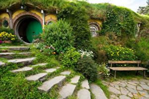 Фотография Новая Зеландия Парки Лестница Кусты Скамейка Matamata Hobbiton Park Природа