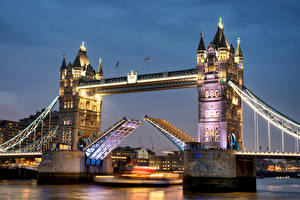 Фото Великобритания Речка Мосты Лондоне Ночные Уличные фонари