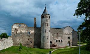 Фото Эстония Развалины Замки Haapsalu Castle
