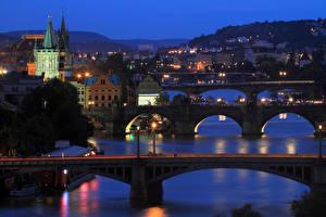 Фотография Прага Чехия Дома Реки Мосты Карлов мост Ночью Уличные фонари город