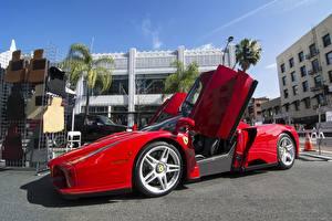Картинка Ferrari Красный Enzo Машины