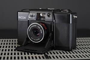 Обои Крупным планом Фотоаппарат Ricoh FF-1s фото