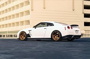 Картинка Nissan Белые Сбоку GT-R R35 Автомобили