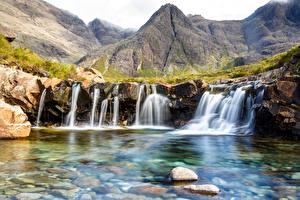 Фото Шотландия Водопады Гора Камни Highland Природа
