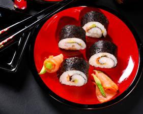 Фотография Морепродукты Суши Рыба Тарелка Продукты питания