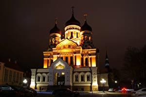 Картинка Эстония Храмы Таллин Собор Ночь Уличные фонари Alexander Nevsky Cathedral