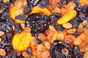 Картинки Фрукты Сливы Инжир Абрикос Чернослив Сушеные абрикосы Сухофрукты Еда