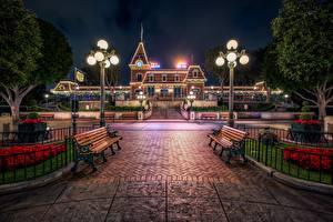 Фотографии Диснейленд США Уличные фонари Скамья Калифорния Анахайм город