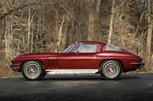 Картинки Chevrolet Ретро Темно красный Металлик Сбоку 1965 Corvette Sting Ray L84 327-375 HP Fuel Injection (C2) Автомобили