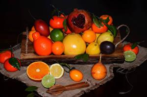 Картинка Фрукты Цитрусовые Апельсин Лимоны Мандарины Гранат