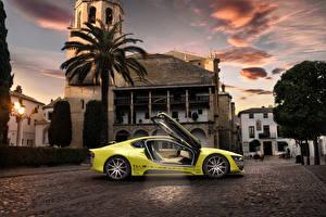 Обои для рабочего стола BMW Здания Желтые 2015 Rinspeed Etos concept (BMW i8) авто