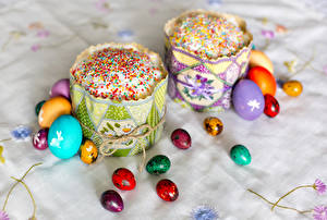 Обои Праздники Пасха Выпечка Кулич Яйца Дизайн Еда фото
