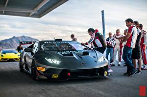 Фотография Ламборгини Huracan LP620-2 Super Trofeo Авто