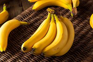 Картинка Фрукты Бананы Крупным планом Продукты питания
