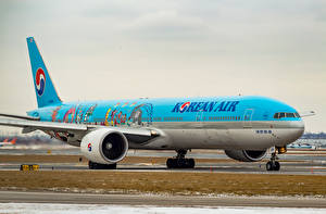 Обои Самолеты Пассажирские Самолеты Boeing 777-3B5(ER) Авиация фото