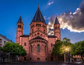 Фотография Германия Храмы Майнц Деревьев Облачно