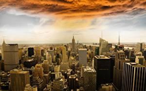 Фото США Небоскребы Здания Манхэттен Нью-Йорк Тучи Города