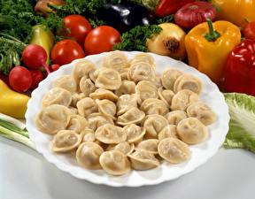 Картинка Овощи Пельмени Тарелка