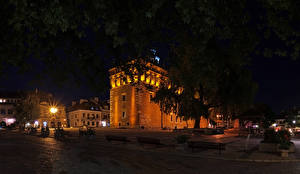 Фотография Польша Здания Храмы Улица Ночь Уличные фонари Sandomierz Города