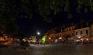 Обои Польша Здания Улица Ночь Уличные фонари Sandomierz Города