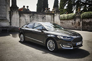 Фотографии Ford Черный Седан 2015 Vignale Mondeo Sedan Машины