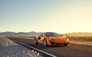 Фотография Небо McLaren Оранжевый 2015 570S Coupe авто