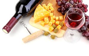 Фотографии Вино Виноград Сыры Бутылка Бокалы Еда