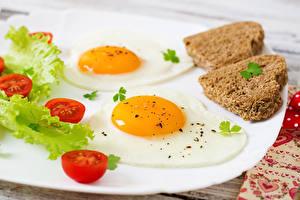 Обои Овощи Хлеб Яичница Сердце Еда фото