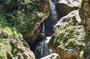 Картинки Австрия Водопады Камень Мха Kundler Klamm Tirol Природа