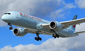 Обои Самолеты Пассажирские Самолеты Полет Boeing 787-9 Dreamliner Авиация фото