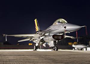 Обои Самолеты Истребители F-16AM Falcon Авиация фото