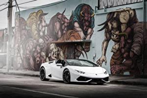 Обои Граффити Lamborghini Белый Huracan Автомобили