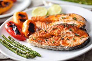 Фотографии Морепродукты Рыба Овощи Пища