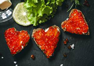 Картинки Морепродукты Икра Бутерброды Сердце
