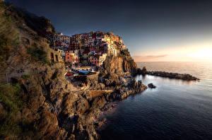 Фото Италия Побережье Дома Лигурия Скала Ночь Manarola Города