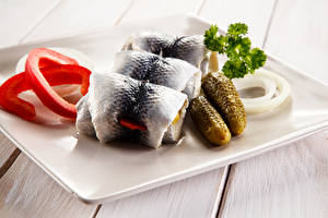 Картинка Морепродукты Рыба Огурцы