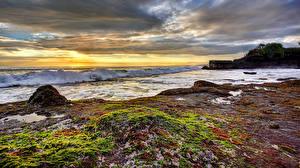 Обои Пейзаж Побережье Рассветы и закаты Волны Небо Природа фото