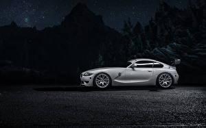 Обои BMW Сбоку Серебристый Ночью Z4M Автомобили