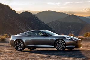 Фото Горы Aston Martin Сбоку DB9 GT Автомобили