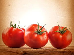 Фотография Овощи Помидоры Вблизи Втроем Еда