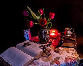Картинка Тюльпаны Свечи Натюрморт Книга Вазе Цветы