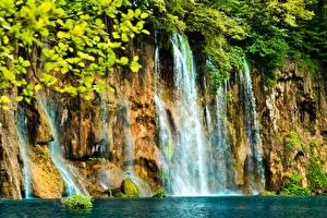Фото Водопады Скала Природа