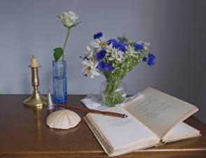 Обои Роза Натюрморт Свечи Вазы Книга Страницы