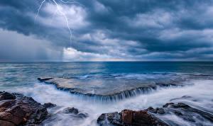 Обои Море Побережье Водопады Горизонт Молния Природа фото