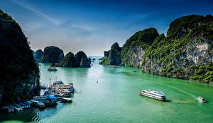 Обои Вьетнам Причалы Море Скала Ha Long Bay Природа фото