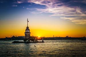 Обои Турция Море Рассветы и закаты Небо Стамбул Maiden's Tower Природа Города фото
