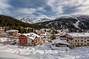 Обои Италия Дома Горы Альпы Снег Madonna di Campiglio, Trentino Природа фото